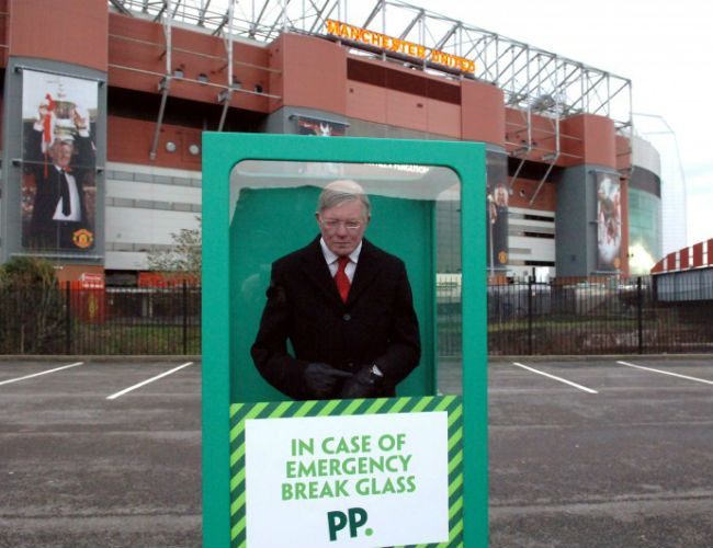 Ante la crisis del United, Paddy Power ofrece liberar a Sir Alex Ferguson