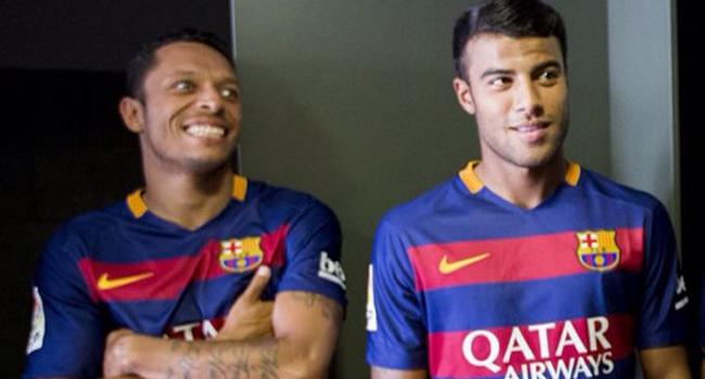e5271ea380 Los jugadores del Barcelona se tomaron las primeras fotos con la ...