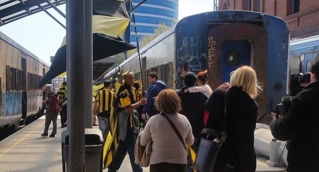 Peñarol celebró en tren sus 125 años