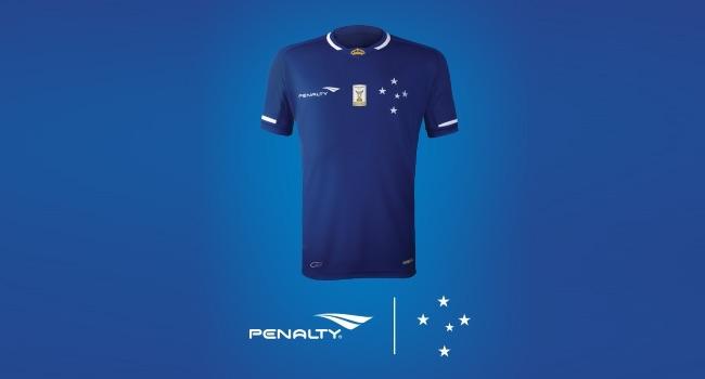 Cruzeiro y Penalty venden 20 mil camisetas el día de su lanzamiento