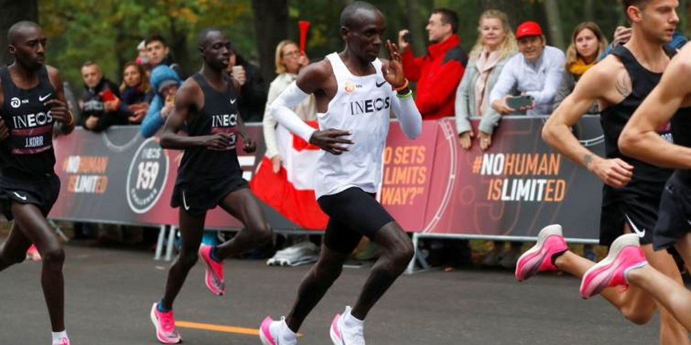 La IAAF estudiará si las zapatillas de Kipchoge son válidas