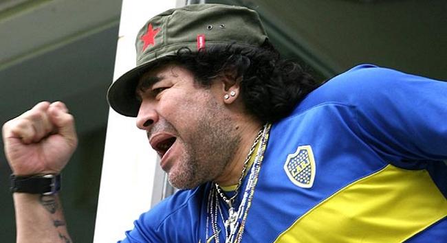 Diego Maradona se convirtió en socio vitalicio de Boca ...