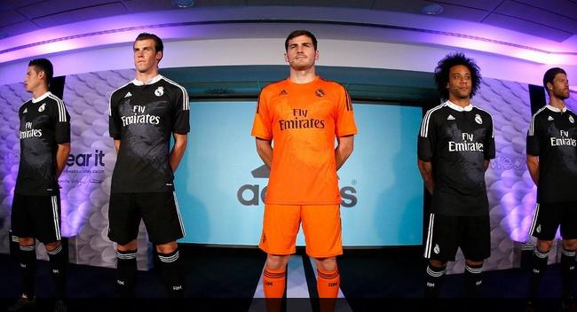 Real Madrid presentó su camiseta para la Champions: negra y con dragones en el pecho - Marketing ...